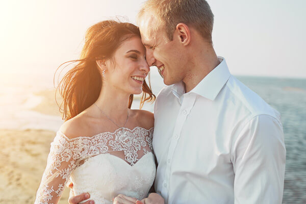 Book a beach wedding in Key Largo